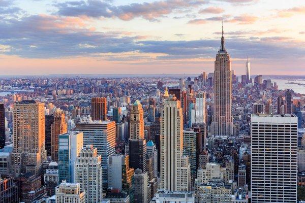New York Direktflüge und 5 Übernachtungen (4*Sterne // 86% HolidayCheck), viele Abflughäfen und Zeiträume (billigsten Jan/Feb 17) (588€/Person) (Lufthansa-Holidays.de)