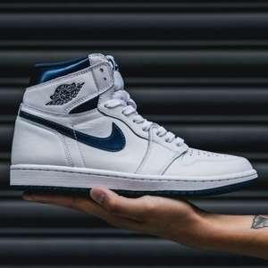 Nike Air Jordan 1 Retro High OG in White / Navy für 79 € in 41 bis 47,5 [SUPPA]