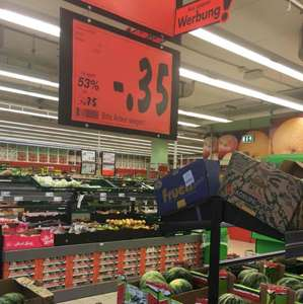 Kaufland Lokal Hamburg Nedderfeld , Wassermelone das Kilo 35 Cent