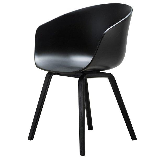 HAY about a chair AAC 22 in Eiche schwarz gebeizt für 182,54 €, PVG: 210 €