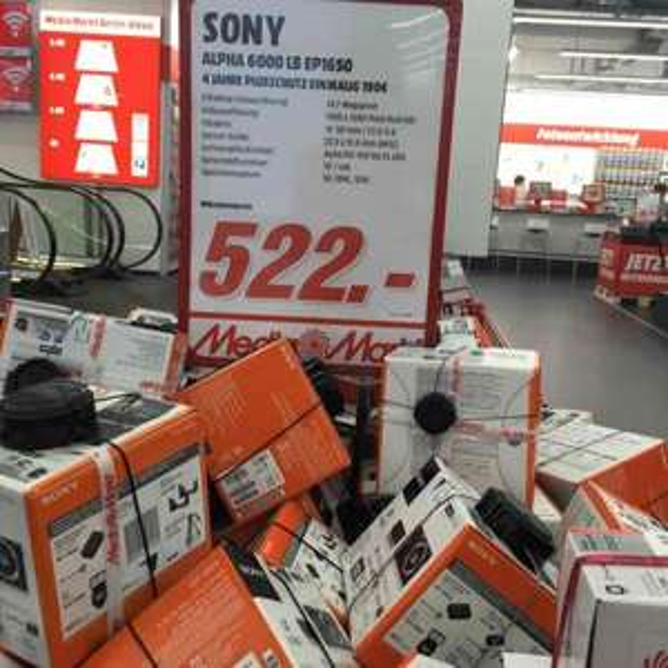 [Lokal Berlin MM Alexa] Sony Alpha 6000 inkl. 16-50mm Objektiv für 522€