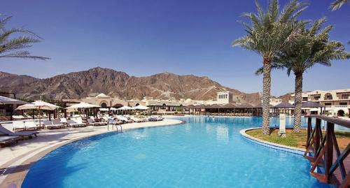 Reise: 1 Woche Emirate (Flug + 5*Hotel) für 200,- € p.P. im DZ ab Düsseldorf, Frankfurt, Hamburg, München