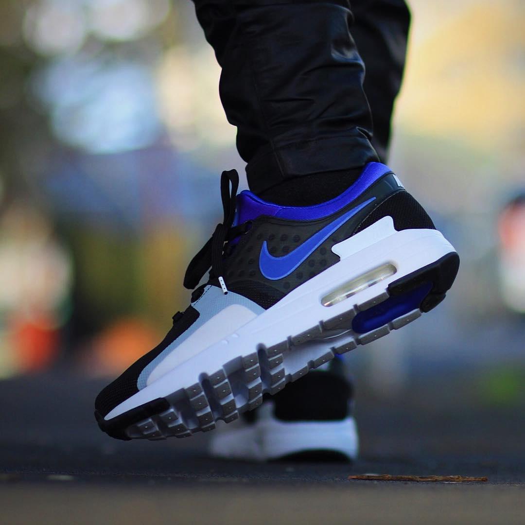 Nike Air Max Zero QS in Black / Persian Violet für 88 € in 38,5 bis 47,5 [Afew] [+ 8% Shoop]