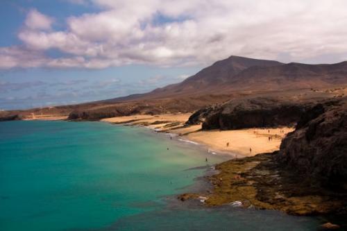 Flug+Hotel: Fuerteventura / Lanzarote 10 Tage ca. 180€ im Mai und Juni