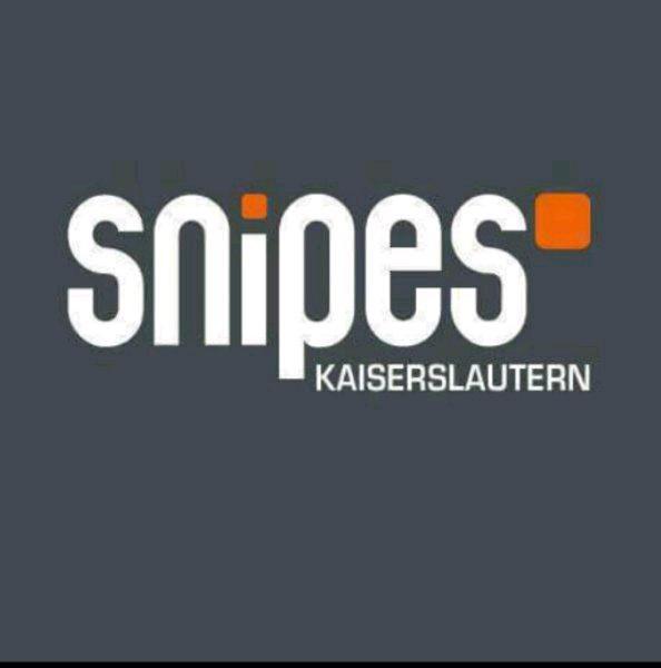 Snipes Kaiserslautern Opening mit Eröffnungs angeboten und Red Bull zum Gratis verzehr