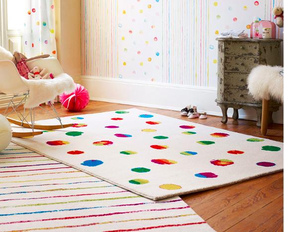 Teppiche von Esprit und Sigikid bei [Limango] z.B. Kunstfaser-Teppich `Funny Dots´ von Esprit (80x150cm) für 29,94€ inkl. VSK statt ca. 50€