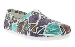 [Outlet46] TOMS Classic Canvas Printed Abstract Damen Slipper für 9,40€ (Gr.42)