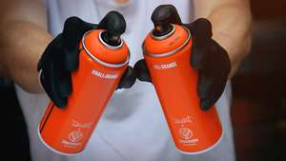 [Jägermeister ] Kostenlose knall-orange Spraydose (Berlin, Hamburg, Köln, Stuttgart)