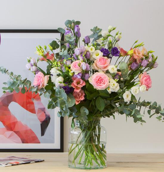 """Wieder da: Großes Blumenbouquet """"Juliette"""" inklusive Vase und VSK für 24,90€ bei [Bloompost]"""