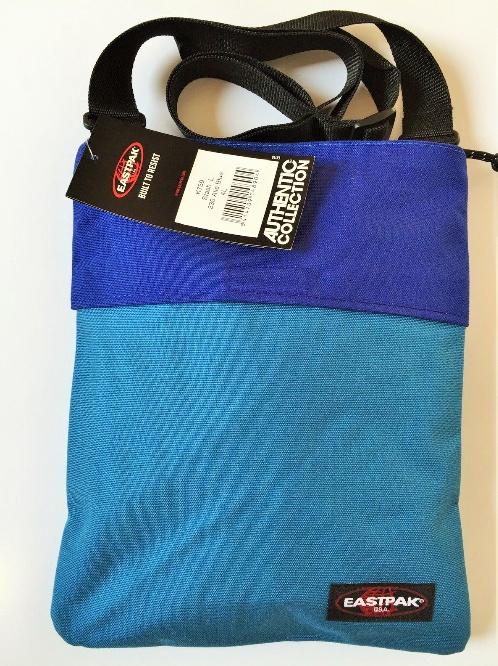 EASTPAK Umhängetasche STASH blau in der Größe L selbstverständlich neu