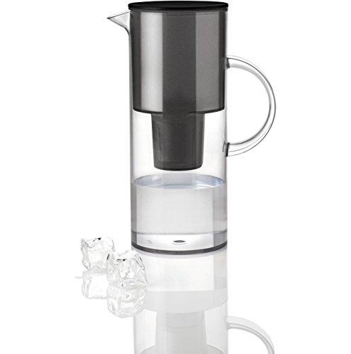 Stelton 1310-10 Wasserfilterkanne, 2 l, smoke im schicken Design @amazon