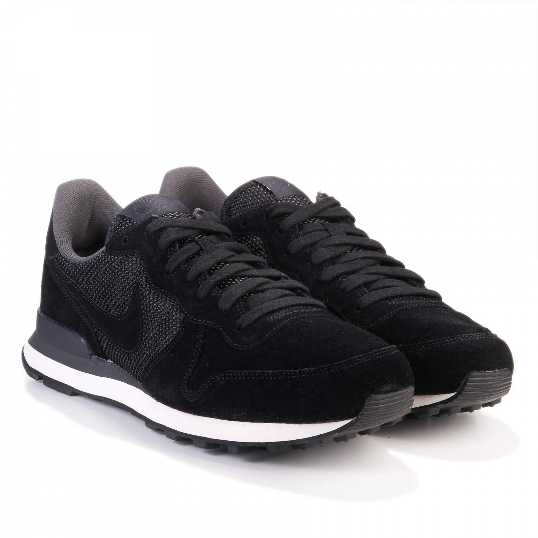 Nike Internationalist Premium in schwarz für umgerechnet 51 €