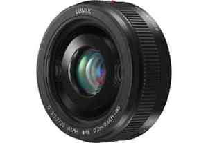 Panasonic Lumix 20 mm F 1.7 Objektiv Pancake für 267 EUR bei Saturn