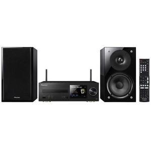 Pioneer Kompaktanlage X-HM82-K für 379 € statt 449 € - Ausgangsleistung: 2 × 50 Watt, Bluetooth, DLNA, AirPlay, WLAN USB- und AUX-Anschluss, Bassreflex