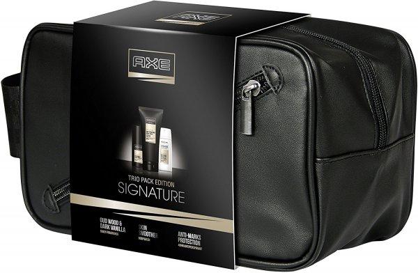 (Amazon Prime) Axe Geschenkset Signature Anti-Transpirant Deospray, Daily Fragrance und Duschgel mit Kulturbeutel + Axe Kulturbeutel mit Parfümprobe für 15,99€