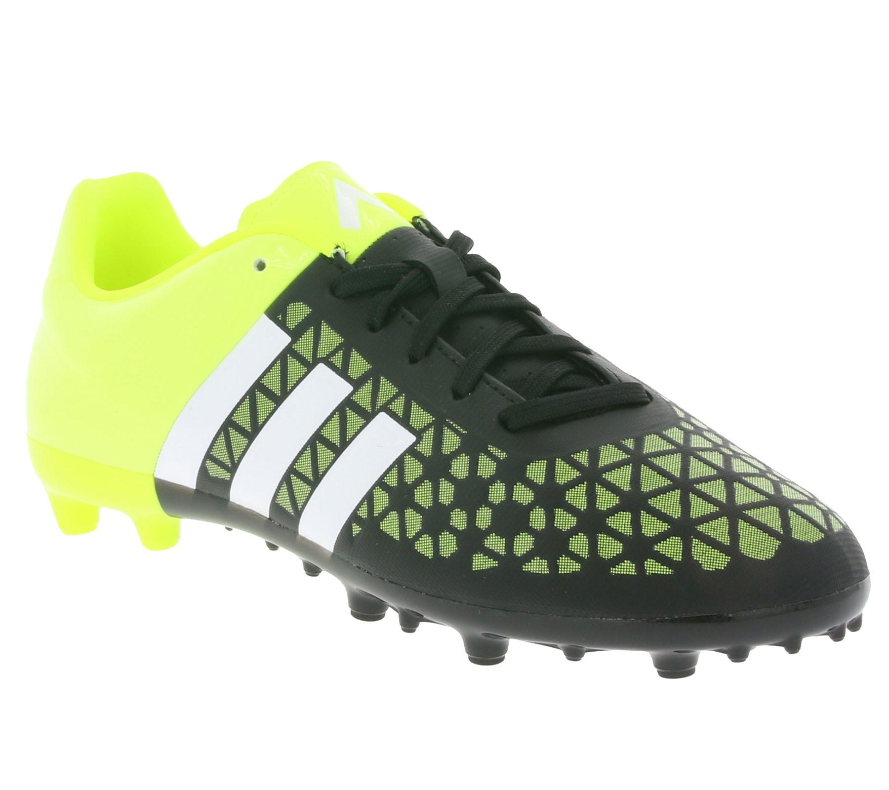 adidas ACE 15.3 FG/AG J Kinder Fußballschuhe --> 9,99 € inkl. Versand statt 22 €