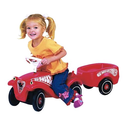 Big Bobby Car (schwarz oder rot) mit Anhänger zum Set-Preis von 39,98€ bei Toys'R'us [Lokal und Online]