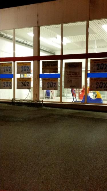 REAL Iserlohn macht dicht(bis 26.11.), rabatte ab 20%...