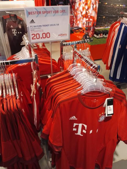 FC Bayern Trikot Größen sind bis 3xl