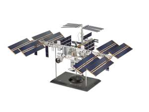 Revell 04841 International Space Station ISS; 126,85 € @andromeda24.de