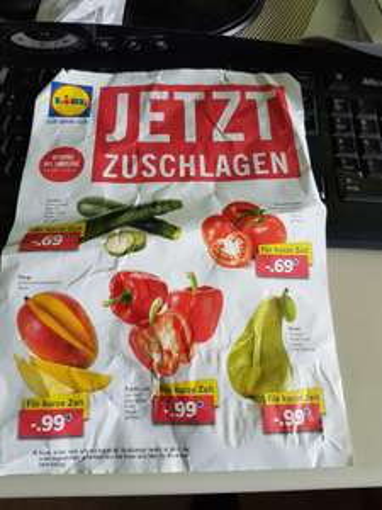Lidl Bielefeld-Hillegossen Detmolderstr.550 Strauchtomaten 0.69€ Kg, Zuchini 0.69€ Kg, Paprika rot 0.99€ KG, Bananen 0.79€ KG, Gurken Stück 0.29€