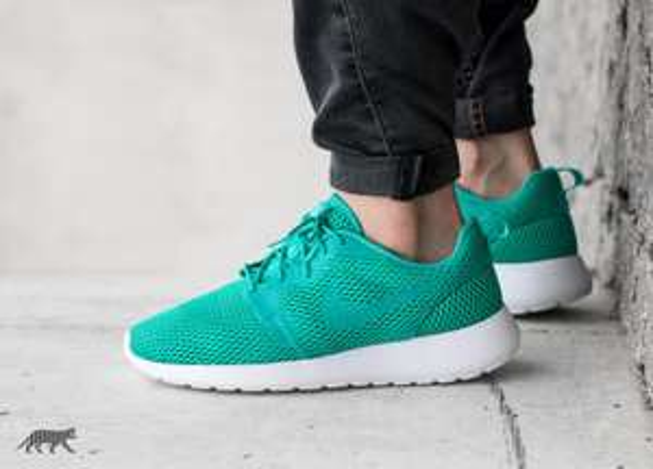 [ASPHALTGOLD.DE] Nike Roshe Hyperfuse Breathe für 44€ inkl. Versand (Verschiedene Farben)
