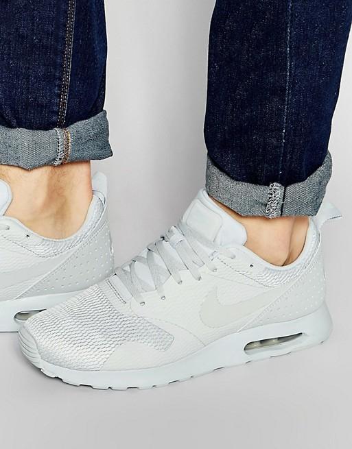 Nike Air Max Tavas in Weiß für 66,90€ ( Größen 38,5 bis 48,5 )