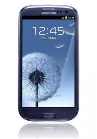 Galaxy S3 marble white oder pebble blue, 16GB mit Schubladenverträgen für 417,60 EUR @handytick