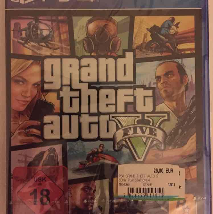 Grand Theft Auto V (PlayStation 4) für 29,- EUR - Lokal MM Berlin Hbf