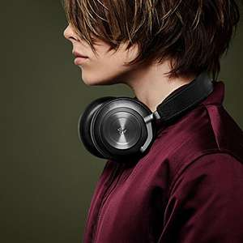 B&O Play Beoplay H7 Over-Ear Kopfhörer Schwarz o. Natural für 249,00€ statt 336,75€ bei Amazon.de / Cyberport