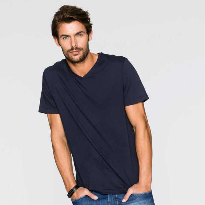 Bonprix 15% ohne MBW für Jedermann(-frau) + 11,98 € Rabatt - z.B. 3 Basic T-Shirts für 9,28 €