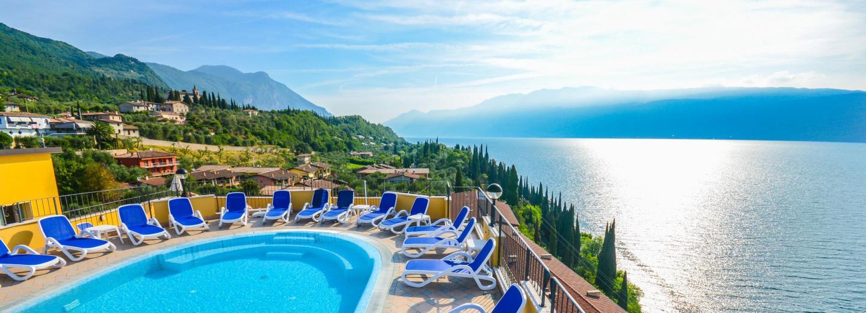 [Regional] ab 119,- (minus Gutschein 99,-) pro Person inkl Vollpension im 4* Hotel am Gardasee - JETZT nochmals günstiger ab 111,- (-GS 91€)