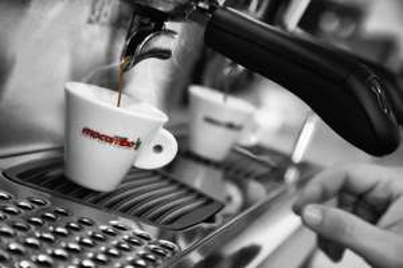 Mocambo Espresso Bohnen 5x 250g für je 99 Cent! 3,69€/kg statt ca. 20€/kg