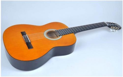 Konzert-Gitarre CLIFTON 4/4 KOMPLETT SET! (Versandkostenfrei)