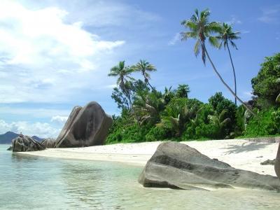 Hin- und Rückflug auf die Seychellen (Mahe) ab 413 Euro (Juni-Juli, und ab September)