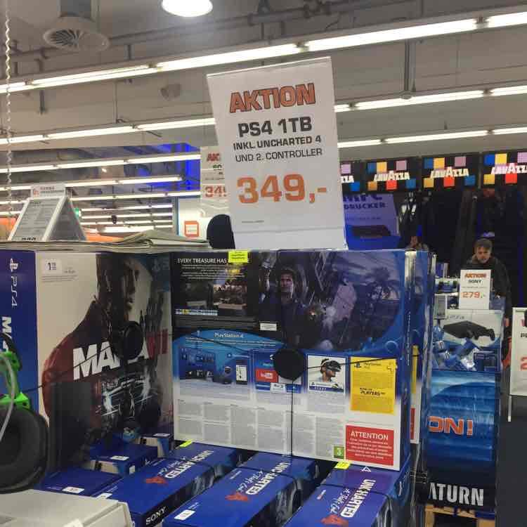 Hamburg Saturn Zentrum PS4 1TB+2Contoller+Uncharted 4