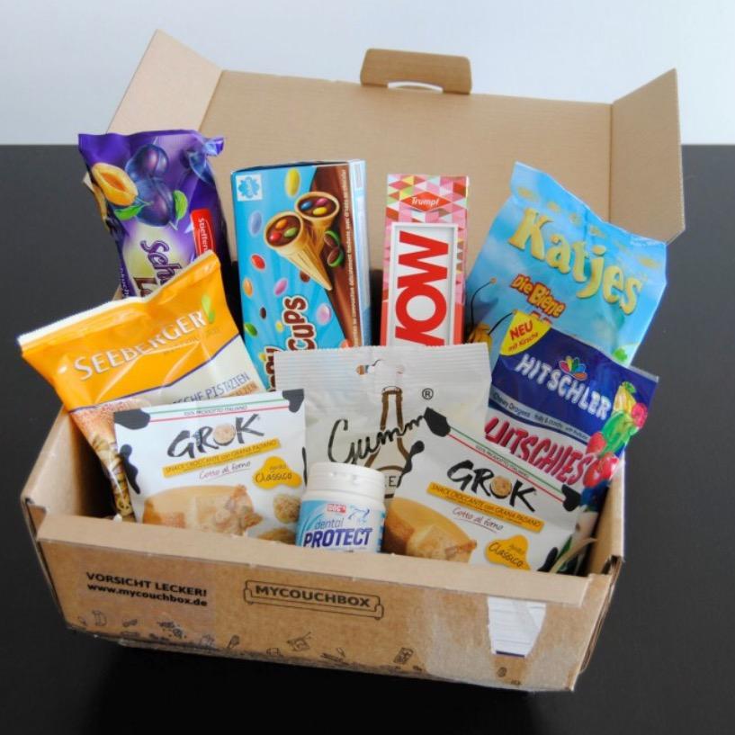 [mycouchbox.de] 12 Monate je eine Snack-/Süßigkeiten-Überraschungsbox für je 6,15€ (statt 9,22€; inkl. VSK; kein Abo)