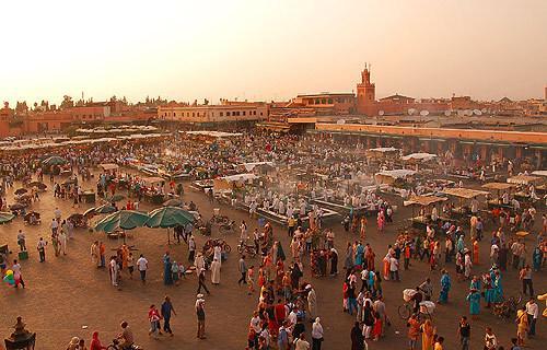 Flüge: Marrakesch (Marokko) ab Basel für 57,- € - ab Berlin 66,- € return (November - Februar 2013)