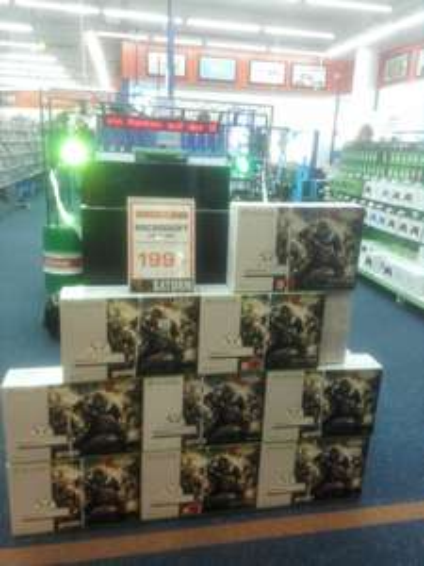 [Lokal Saturn Wuppertal] Xbox One S 1TB + Gear of War 4