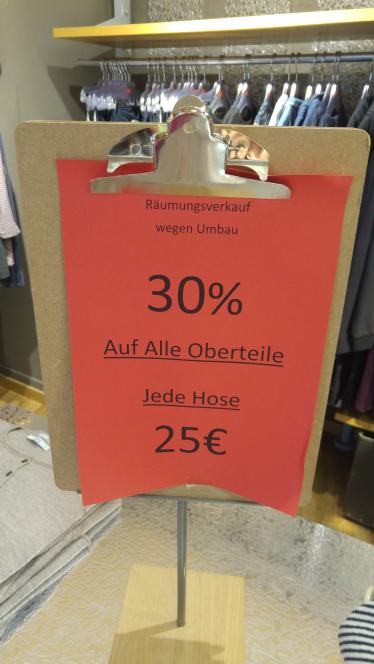 Esprit Weiden: 30% Rabatt auf alle Shirts & alle Jeans für 25€