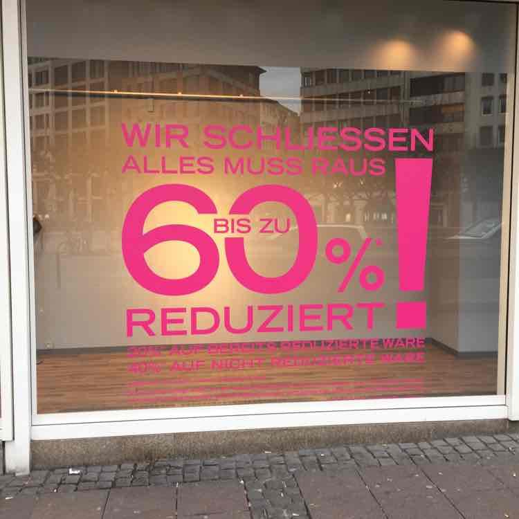 Räumungsverkauf Sportarena Frankfurt/Main bis zu 40% Nachlass