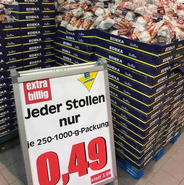 Stollen für 49 Cent - Edeka Berlin (Tempelhofer Hafen)