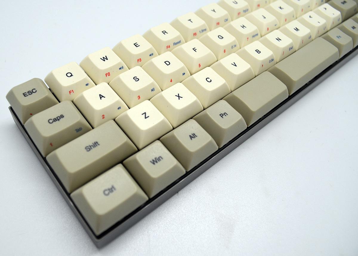 Vortex CORE mechanische Tastatur mit beliebigen MX-Cherrys [MINIMALISTISCH] 47 TASTEN!