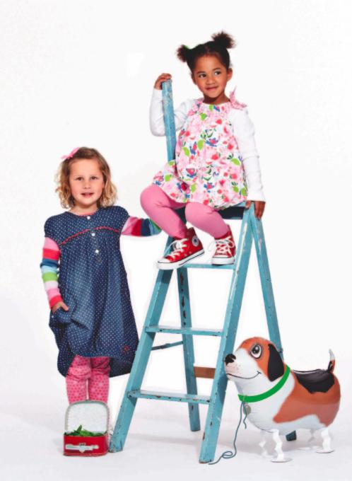 Kinderkleidung von Phister & Philina im Sale mit 74% Rabatt auf alle Teile bei [windeln.de] Oberteile ab 4,49€, Kleider ab 5€