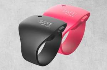 [Metro 21.01.] Gaia-Safe-Alarmarmband schwarz oder pink