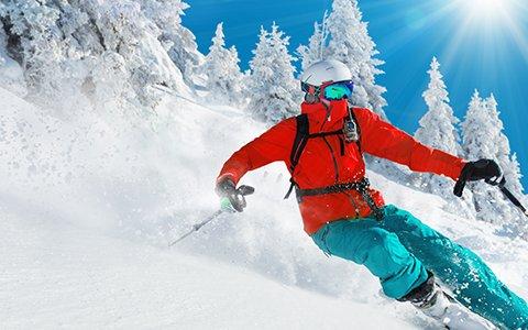 (Travador) 2 Übernachtungen im 4*Hotel in Tirol mit Frühstücksbuffet inkl. Skipass & Nutzung Wellnessbereiches für 2 Personen für 182,90€