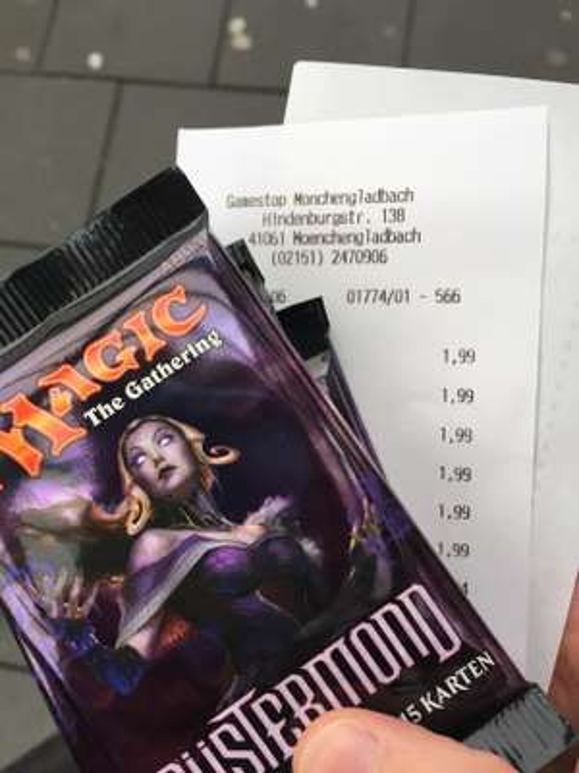 Magic Düstermond Booster (lokal GameStop Mönchengladbach)