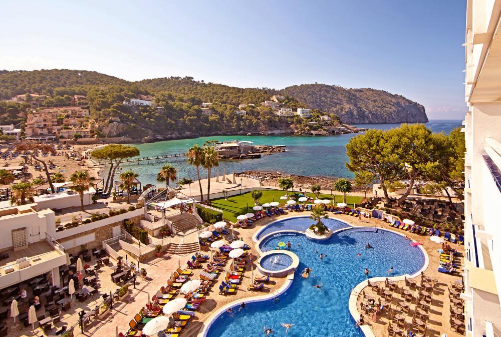 2 Personen Mallorca 5 Nächte 4* Hotel mit 98% HC; Halbpension, Zug zum Flug, Flug (sehr, sehr viele Abflüge etc.) (277€/Person) (LTUR.com)