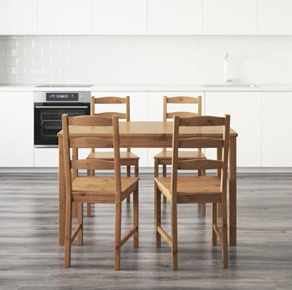 Jokkmokk Tisch und 4 Stühle für 128€ inkl. VSK statt 148€ für IKEA Family Kunden