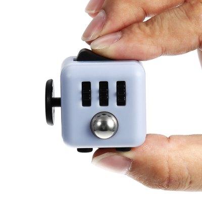 Fidget Cube Kopie aus China für 4,52€ inkl. Versand bei Gearbest